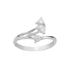 3 Cubic Zirconia with a 3 claw setting Ring