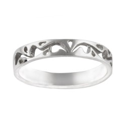 4 mm High Polished cut out Floral Design Band Ring